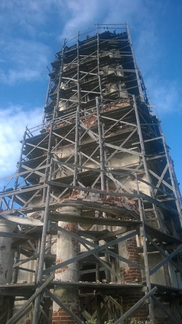 храм Покрова Пресвятой Богородицы в селе Покровское Вологодской области